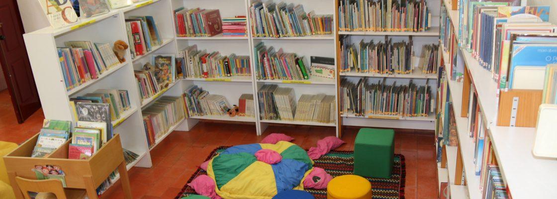 BibliotecaMunicipaldeMontemoroNovoEspaodedescobertaediversoparacentenasdepessoas_F_0_1598003495.