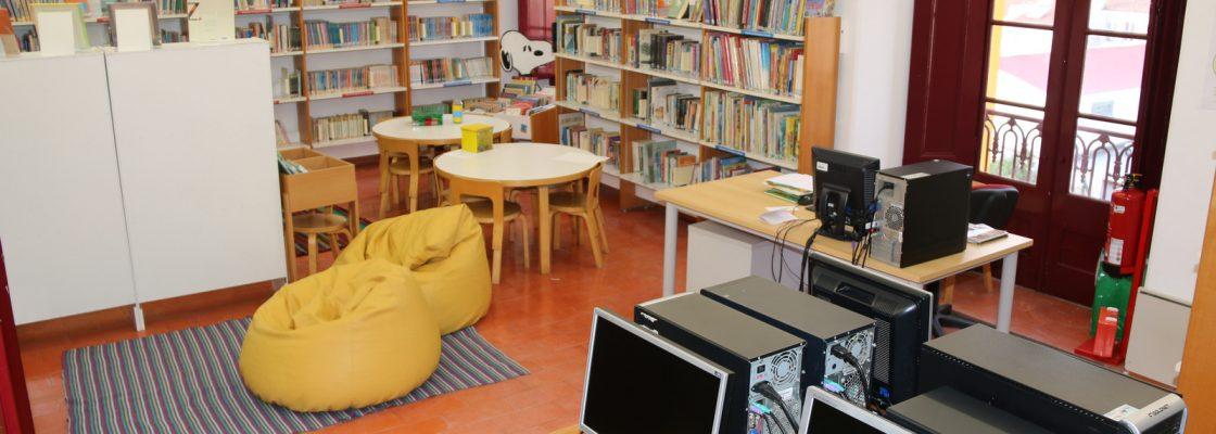 BibliotecaMunicipaldeMontemoroNovoEspaodedescobertaediversoparacentenasdepessoas_F_1_1598003495.
