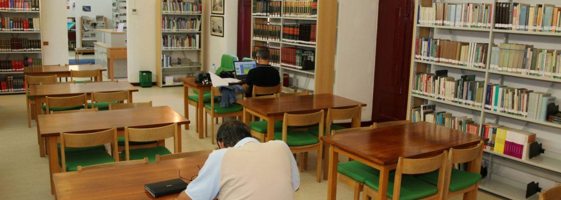 BibliotecaMunicipaldeMontemoroNovoEspaodedescobertaediversoparacentenasdepessoas_F_2_1598003496.