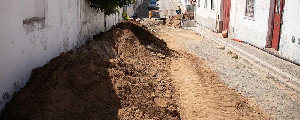 ObrasdaenvolventedoMercadoMunicipaltiveramincio_C_0_1598002614.